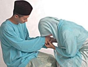 suami istri yang menerapkan Islam